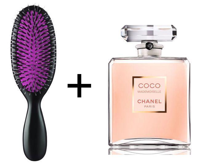 xịt nước hoa lên lược giúp giữ mùi lâu hơn
