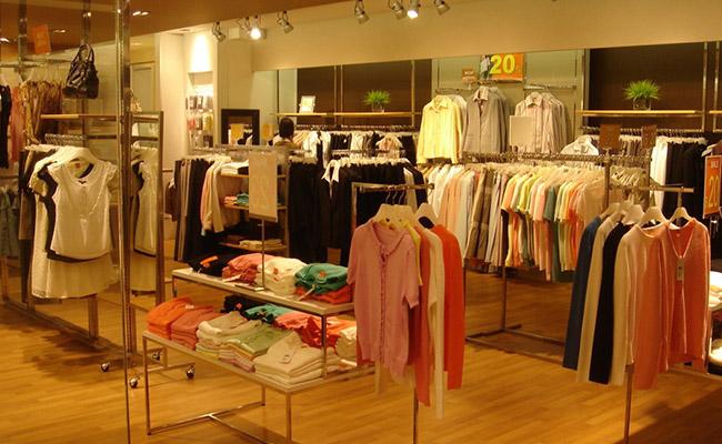 shop quần áo hàng thùng